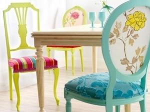 el comedor es una zona de la casa que siempre cuenta con los mismos elementos mesa y sillas por lo que si quieremos ser algo originales podemos optar por