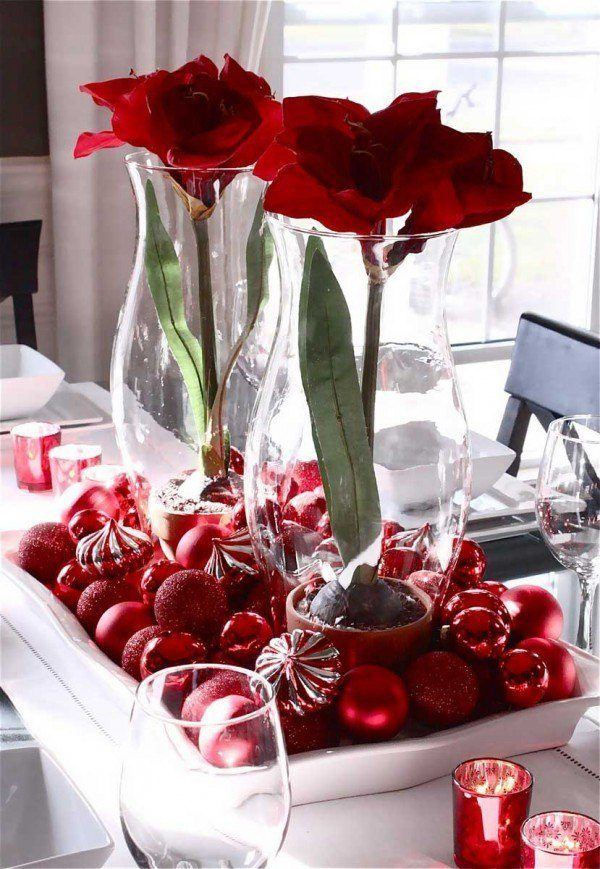 Flowers-and-table-for-christmas-centro-de-flores-rojas