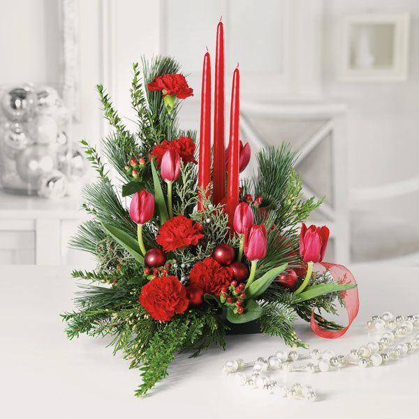 Flowers-and-table-for-christmas