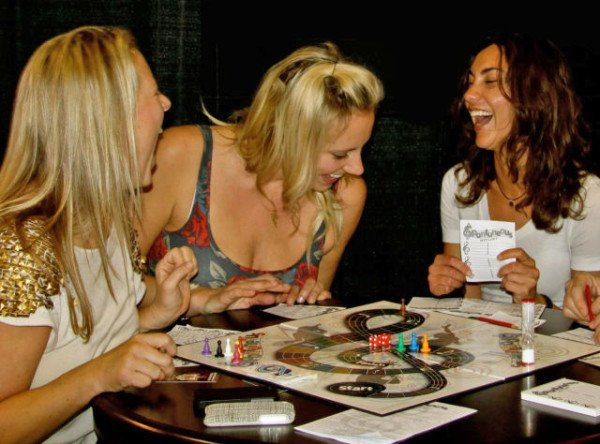 juegos-para-fiestas-de-adultos-juegos-de-mesa