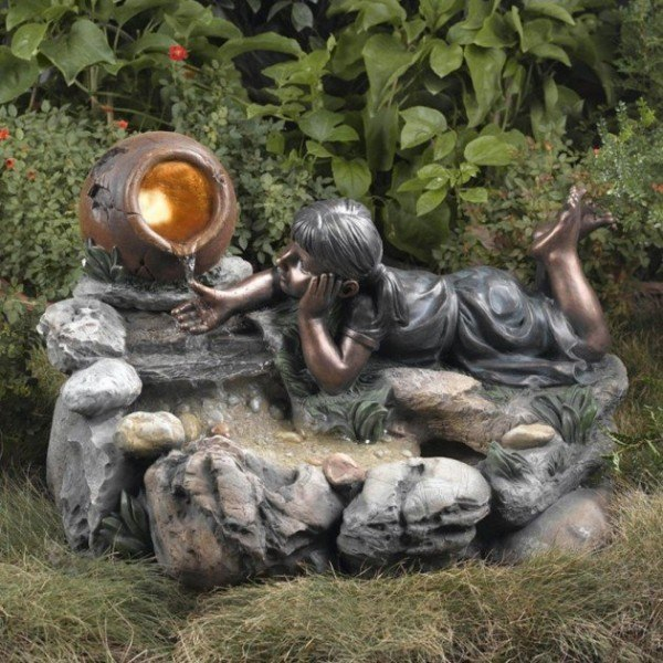 fountains-garden-style-classic-figure