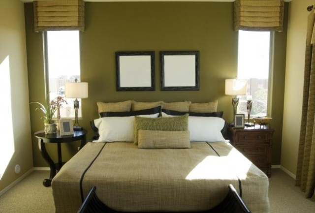 color-dormitorios-pequeños-paredes-verde-militar