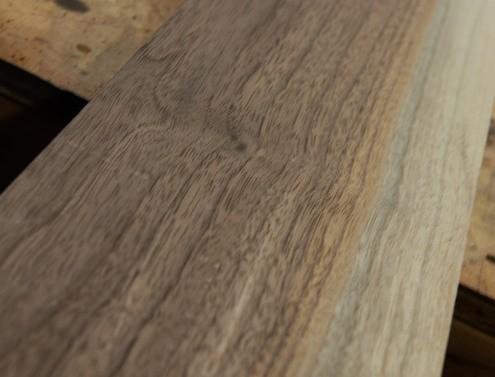 Cómo hacer repisas de madera moderna1