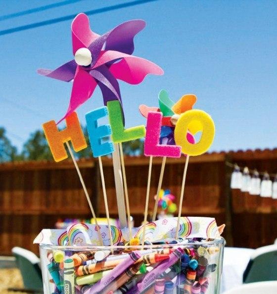 Ideas de centros de mesa para fiestas infantiles - Mesas para cumpleanos infantiles ...