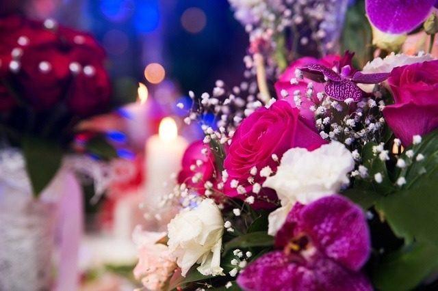 Centros de mesa para bodas 2018 los mejores arreglos de - Centros de rosas naturales ...