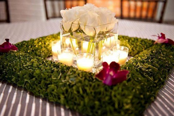 Center-table-candles-flowers