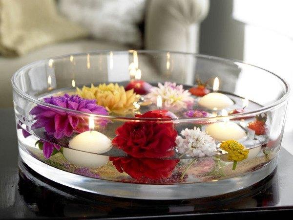 C mo hacer un centro de mesa con flores y velas - Hacer un centro de mesa ...
