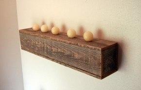 Decora con repisas de madera flotantes
