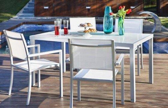 Mesas de leroy merlin for Muebles de terraza leroy merlin