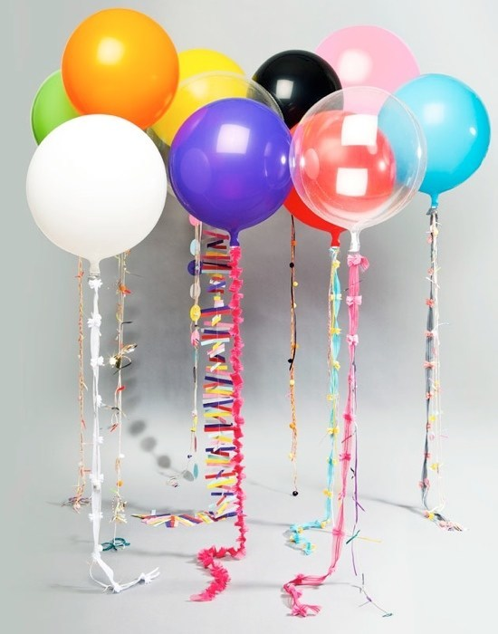 Decoration-with-balloons-for-parties-events
