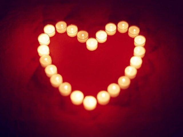 velas-romanticas-para-san-valentin-velas-pequenas-corazon