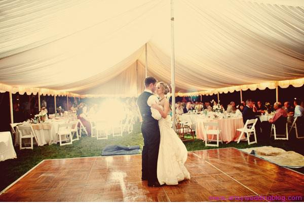 como-elegir-una-carpa-para-una-boda-suelo