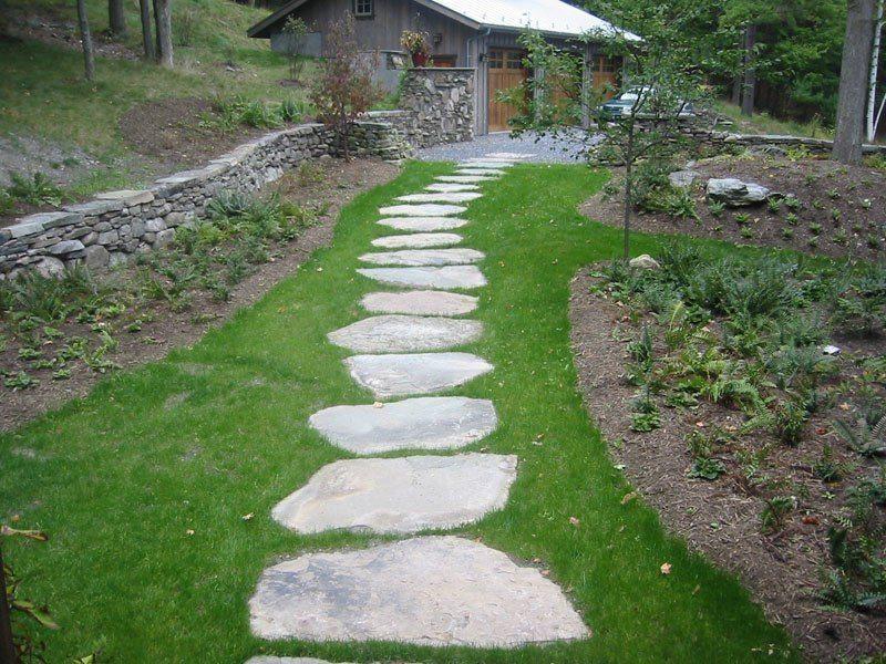 decoración-de-jardines-con-piedras-2014-piedras-iguales-formando-camino