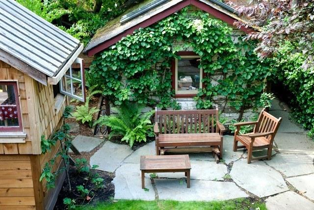 decoración-de-jardines-rusticos-2014-muebles-madera