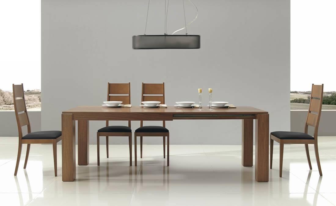 Comedores modernos mesa grande madera sillas tapizadas for Ver comedores de madera