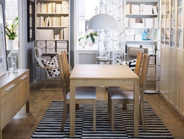 comedores-modernos-muebles-mesa.madera-sillas-a-juego-ikea