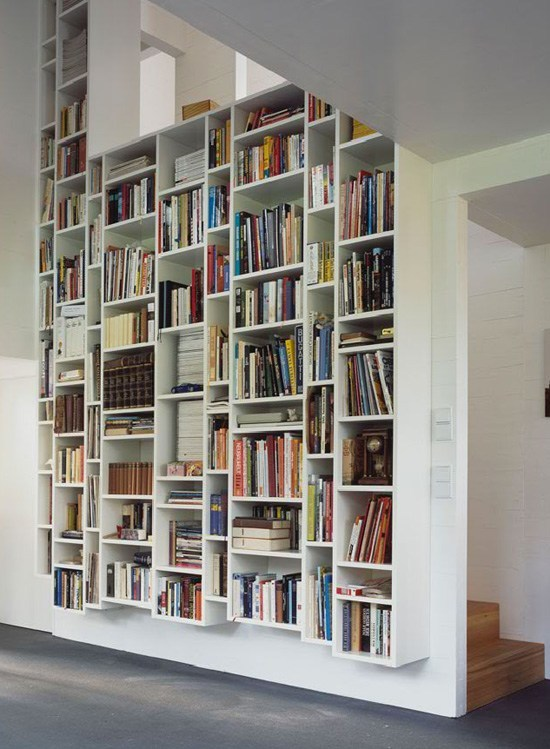 diseño-bibliotecas-fotos-modelo-con-escalera