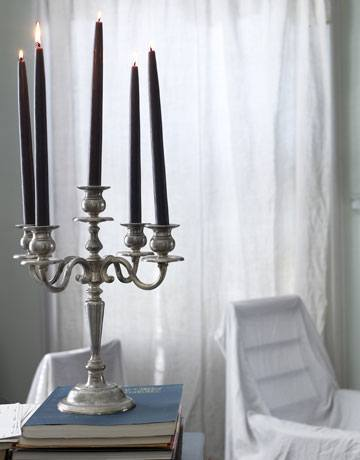 decoracion-con-velas-halloween-2014-candelabro-velas-negras