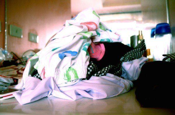 quitar-las-manchas-de-la-ropa-y-alfombras-de-forma-natural
