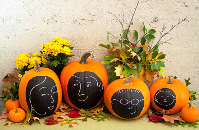 Decoración de calabazas para Halloween 2015-con-chalk-paint