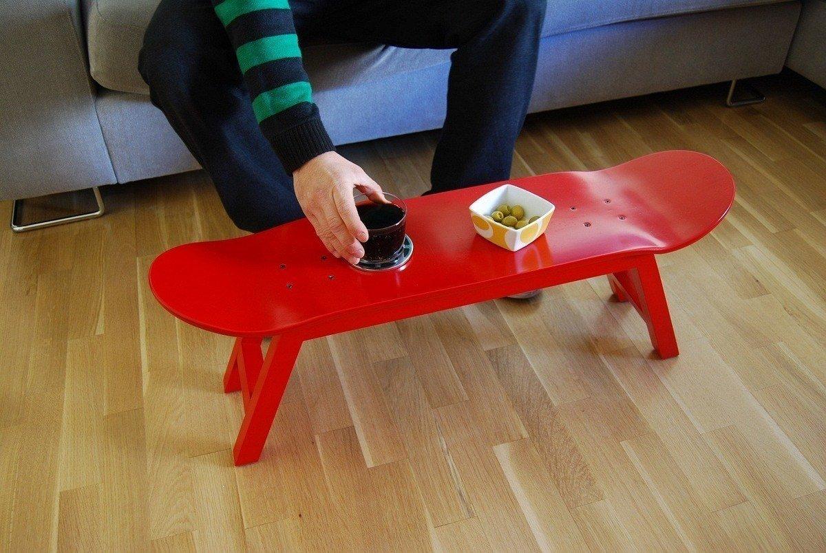 skate-convertido-en-mesa