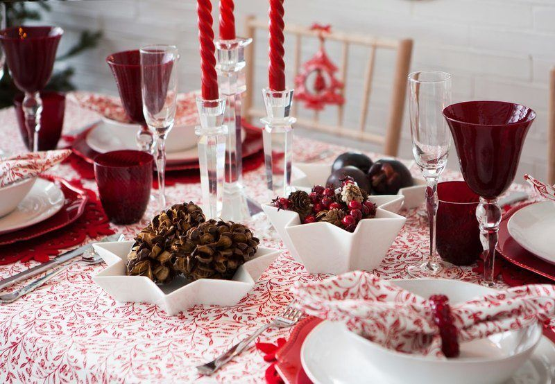 Decoration-christmas-rooms-photos-table-red
