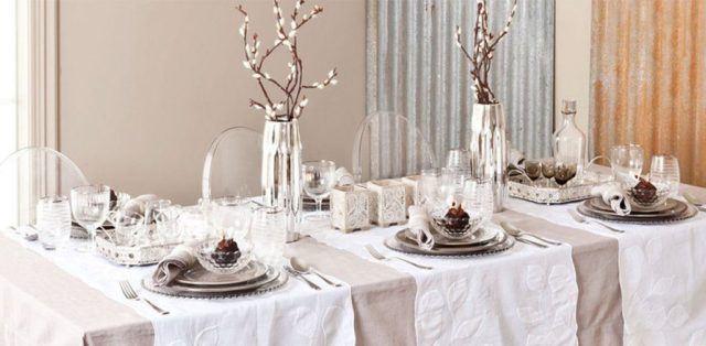 como-organizar-la-mesa-de-navidad-colocar-platos