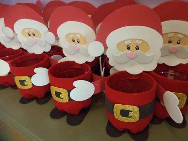 manualidades-de-navidad-en-foami-vasos-papa-noel