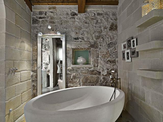 fotos-baño-rustico-bañera-modena