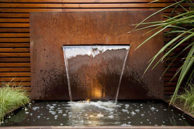 Fountains-garden-with-pond-modern-metallic