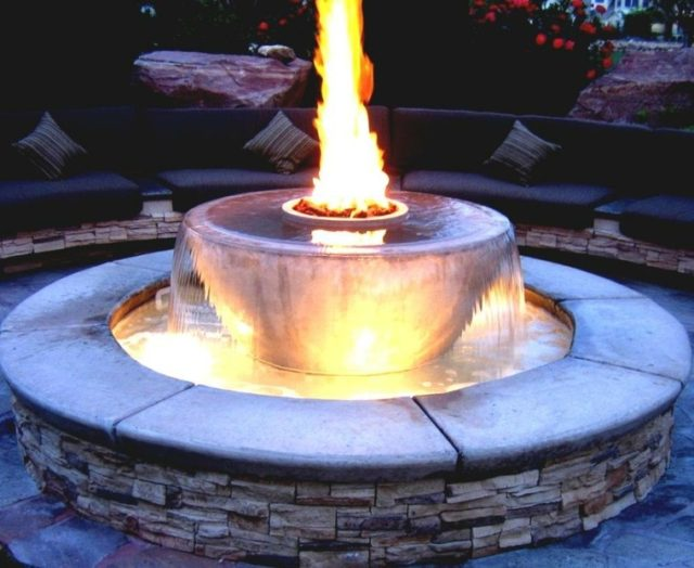 fountain-round-well-fire