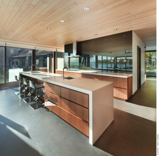 M s de 50 fotos con ideas de techos de madera para la casa for Cocinas de madera modernas