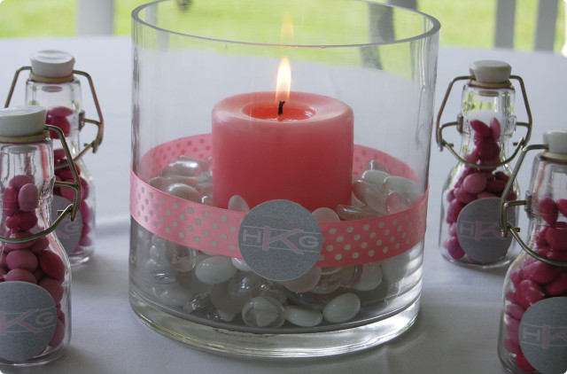 Center-table-summer-with-a-candle