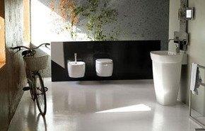 Cuarto de baño moderno por Disegno Ceramica