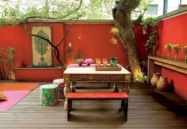 decoracion-de-terrazas-paredes-rojas
