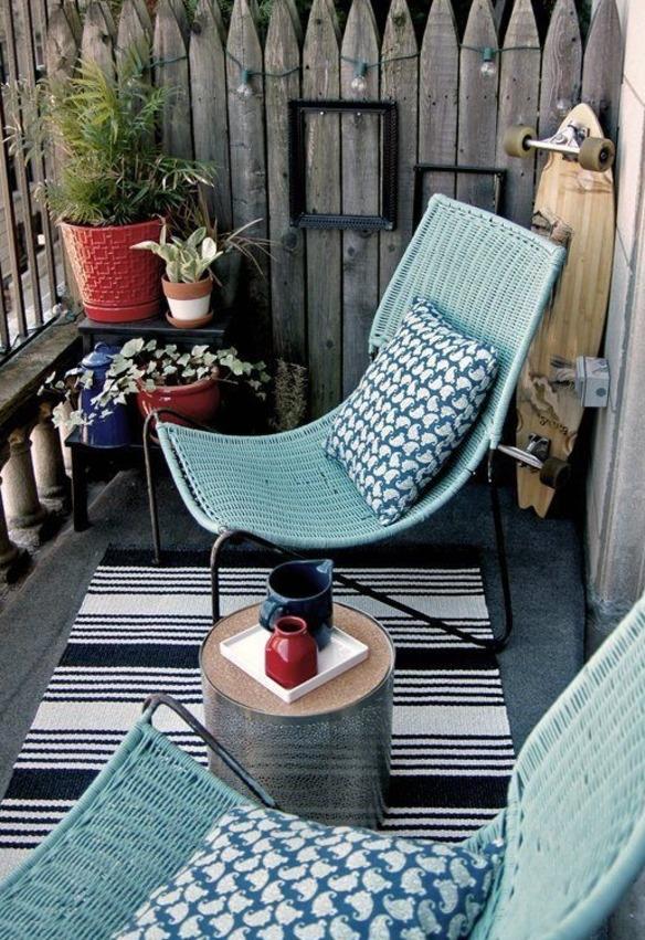 decoracion-de-terrazas-pequenas-silla-mesa