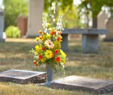 Cómo hacer Ramos de flores para cementerio
