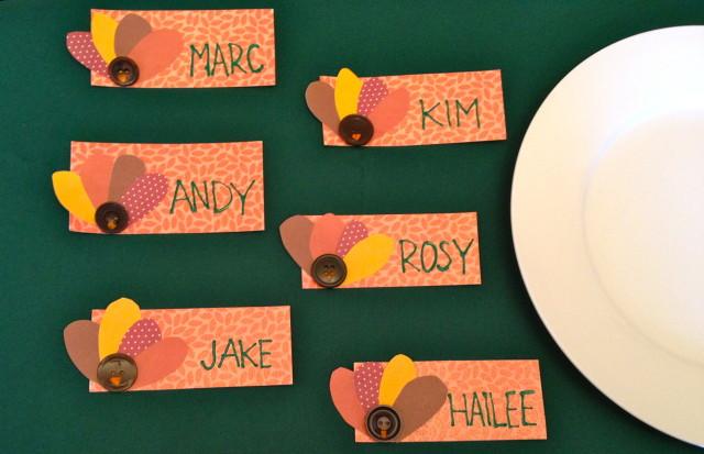 modelos-de-tarjetas-de-accion-de-gracias-thanksgiving-day-2015-tarjetas-con-botones-para-la-mesa
