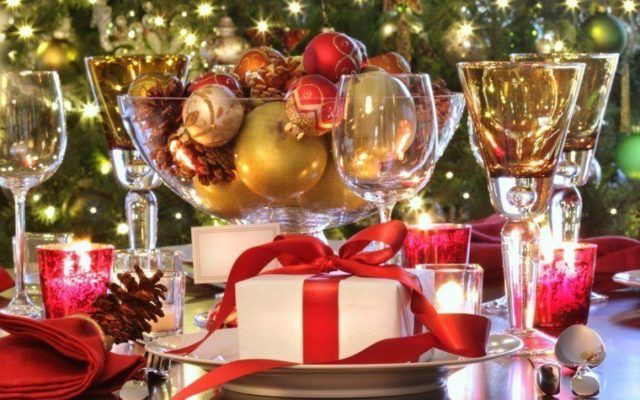 Table-Christmas-gift-centers