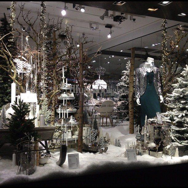 como-decorar-tu-tienda-escaparate-tienda-de-moda