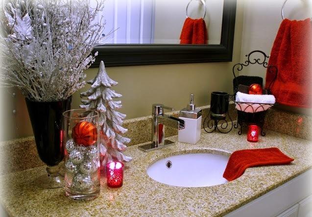 decorar-bano-navidad-elementos-decorativos-color-rojo