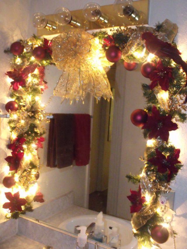 decorar-bano-navidad-luces-espejo