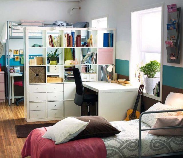 escritorios-juveniles-junto-a-la-ventana-blanca