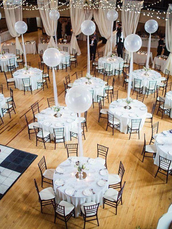 Center-table-with-balloons
