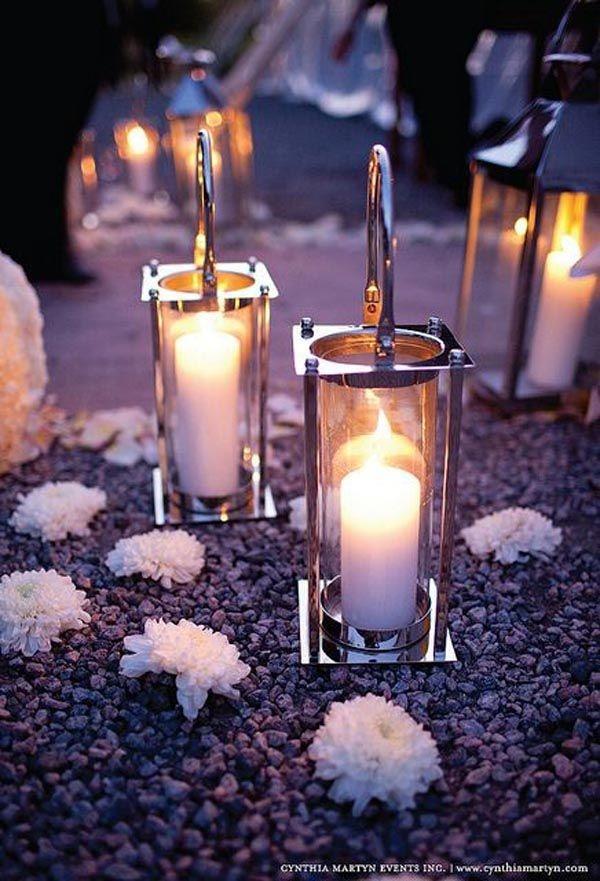 Table-to-wedding-beach-lanterns
