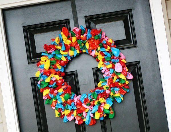 decoracion-de-navidad-con-globos-corona