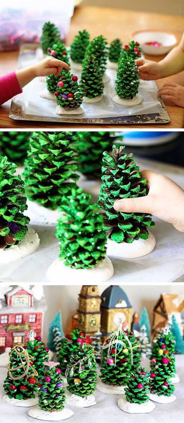 decoracion-navidad-con-pinas-arboles-de-navidad