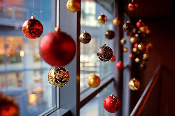 decoracion-navidad-oficina-ventana