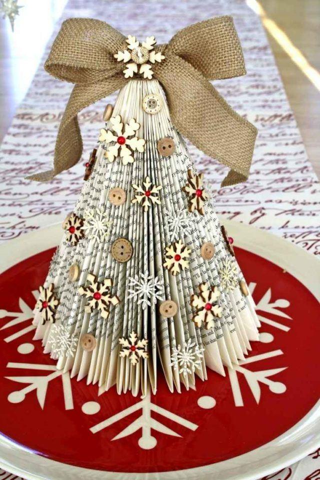 arboles-de-navidad-con-lazos-en-la-cuspide