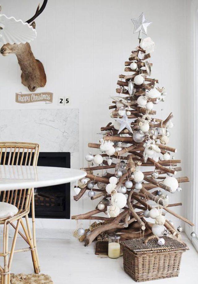 arboles-de-navidad-de-madera-con-ramas